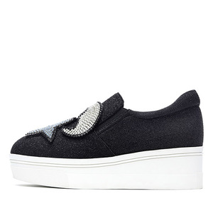 STAR & MOON SLIP-ON NUH4462BK